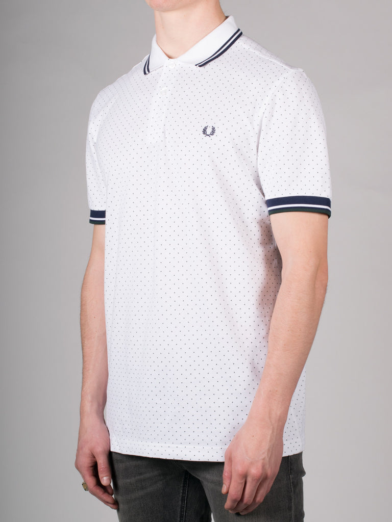 FRED PERRY PRINTED DOT PIQUE POLO SHIRT IN WHITE  - 2