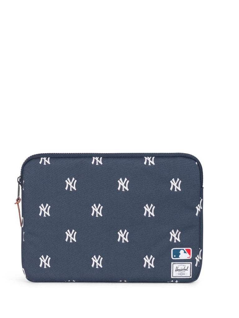 "HERSCHEL SUPPLY CO X MLB NY YANKEES ANCHOR SLEEVE FOR MACBOOK AIR/PRO 13""  - 1"