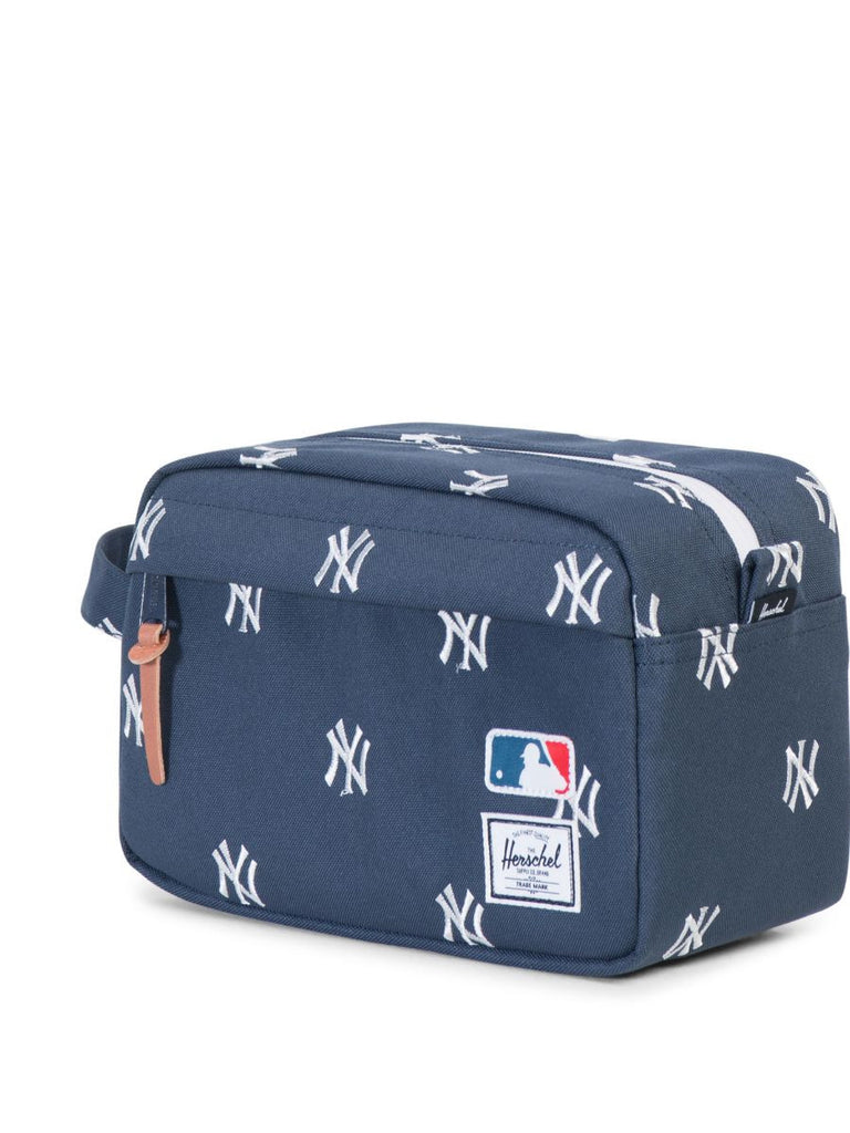 HERSCHEL SUPPLY CO X MLB NY YANKEES CHAPTER TRAVEL KIT  - 3
