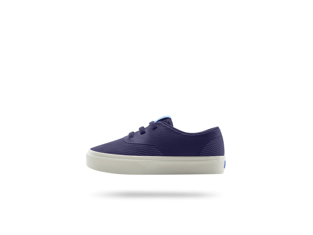 PEOPLE FOOTWEAR KIDS STANLEY SNEAKERS IN MARINER BLUE AND PICKET WHITE