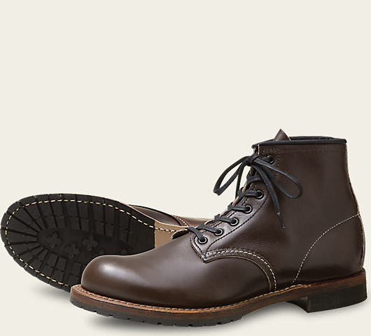 REDWING BECKMAN ROUND BOOT IN WALNUT SETTLER LEATHER