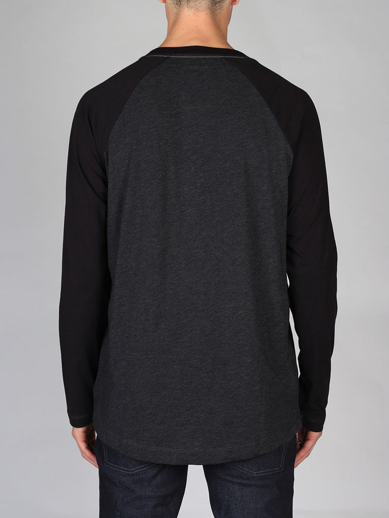 The Best Streetwear Brands and Urban Style G-Star Tarev Longsleeve T-shirt in Black and Charcoal Back