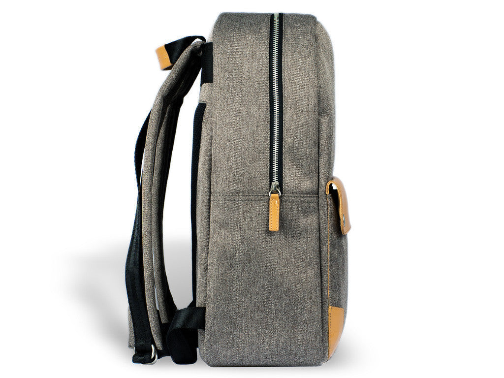 VENQUE CLASSIC BACKPACK IN GREY WITH BROWN LEATHER  - 3