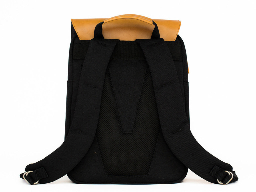 VENQUE FLATSQUARE BACKPACK IN BLACK WITH BROWN LEATHER  - 4