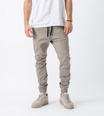 ZANEROBE SURESHOT LITE JOGGER IN ALMOND