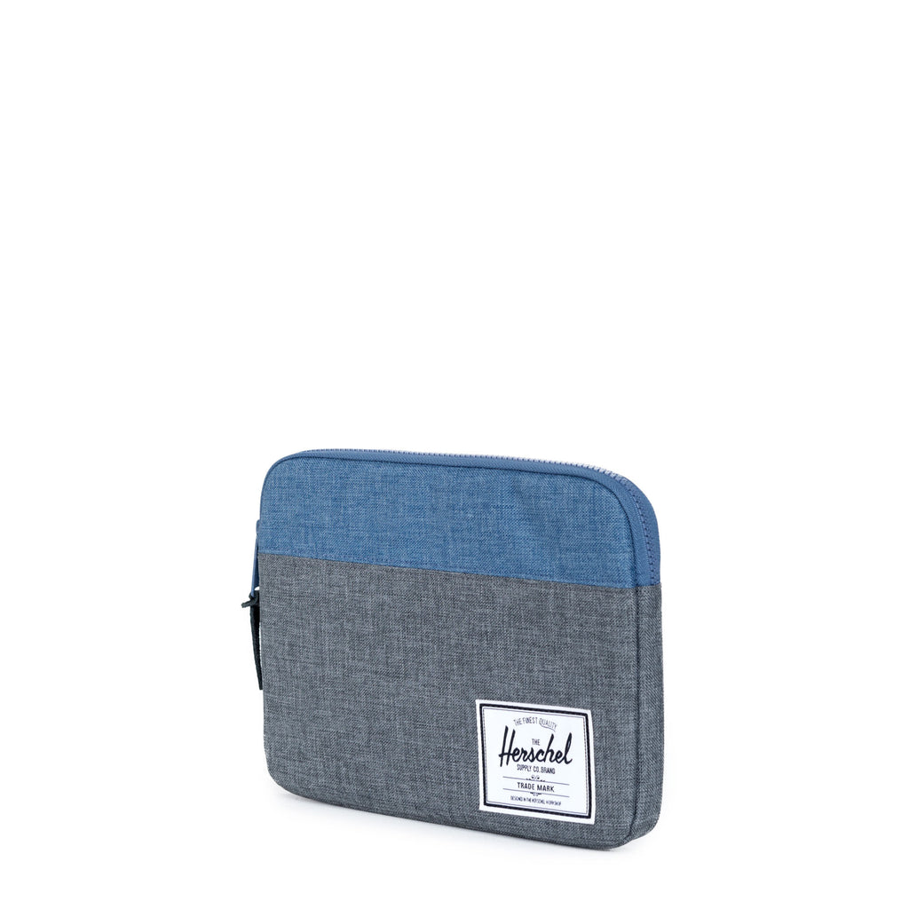 HERSCHEL ANCHOR IPAD/IPAD AIR SLEEVE IN CHARCOAL AND NAVY CROSSHATCH  - 2