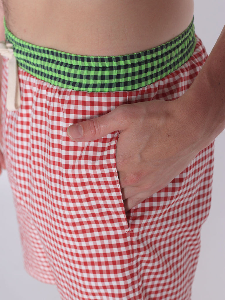 WORKSHOP SWIM TRUNKS IN RED GINGHAM AND GREEN WAISTBAND  - 4