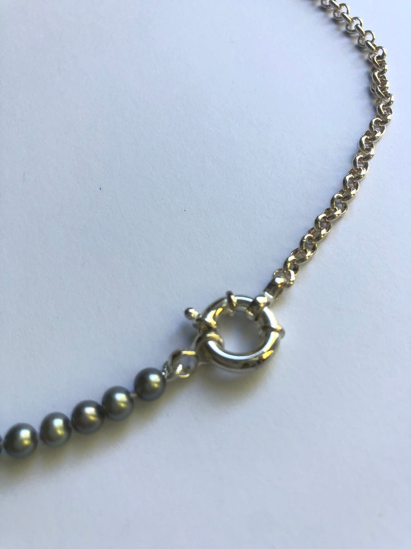 Grey Pearl & Silver Necklace | Medium Quality