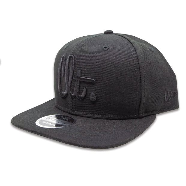 704 Shop x New Era CLT Script 950 Snapback - Blackout (Black Friday Limited Edition)