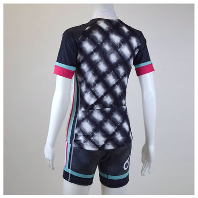 Female Cycling Jersey Byron Bay Blue Back Mannequin