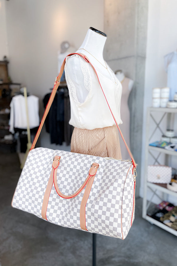 Act Natural Large Duffle in White - RTS 5/17