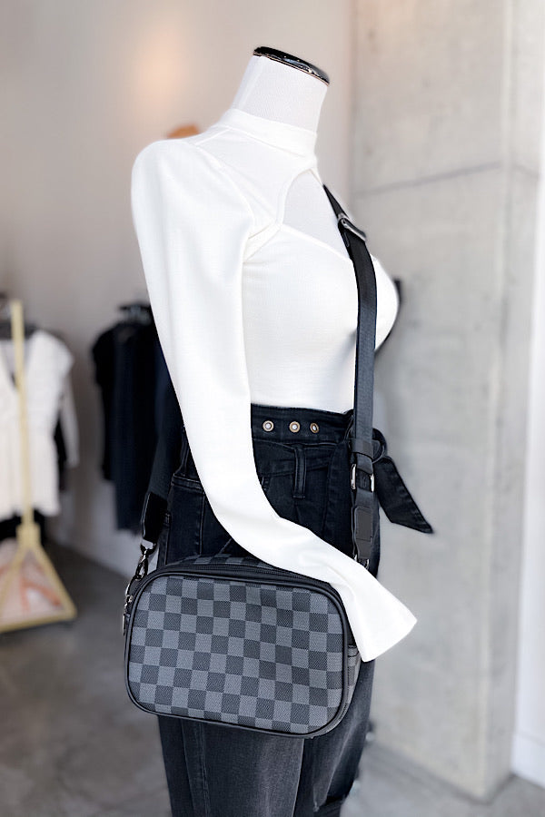 Luca Crossbody in Black
