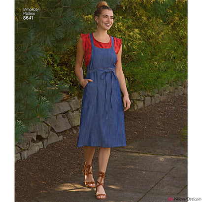 Simplicity Pattern S8641 Misses' Dungaree Dress