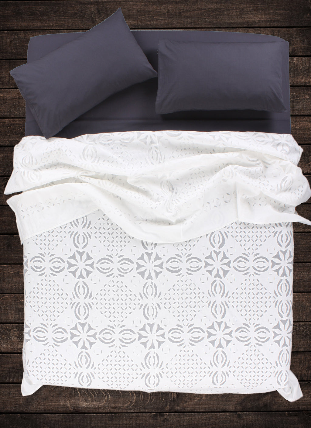 Elm Applique Bedspread