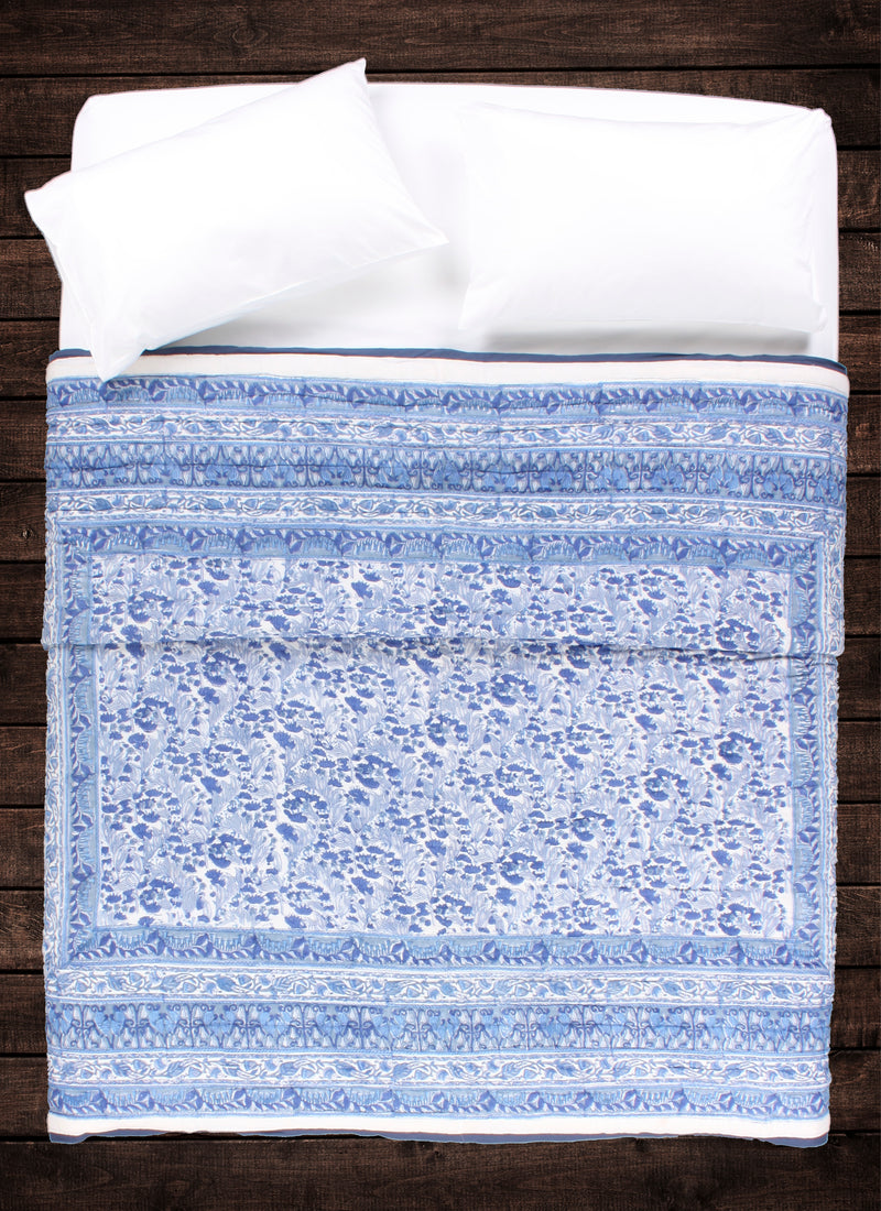 Shop_QueenQuilt-DecoBlueSylvan_MavenAndKit_1