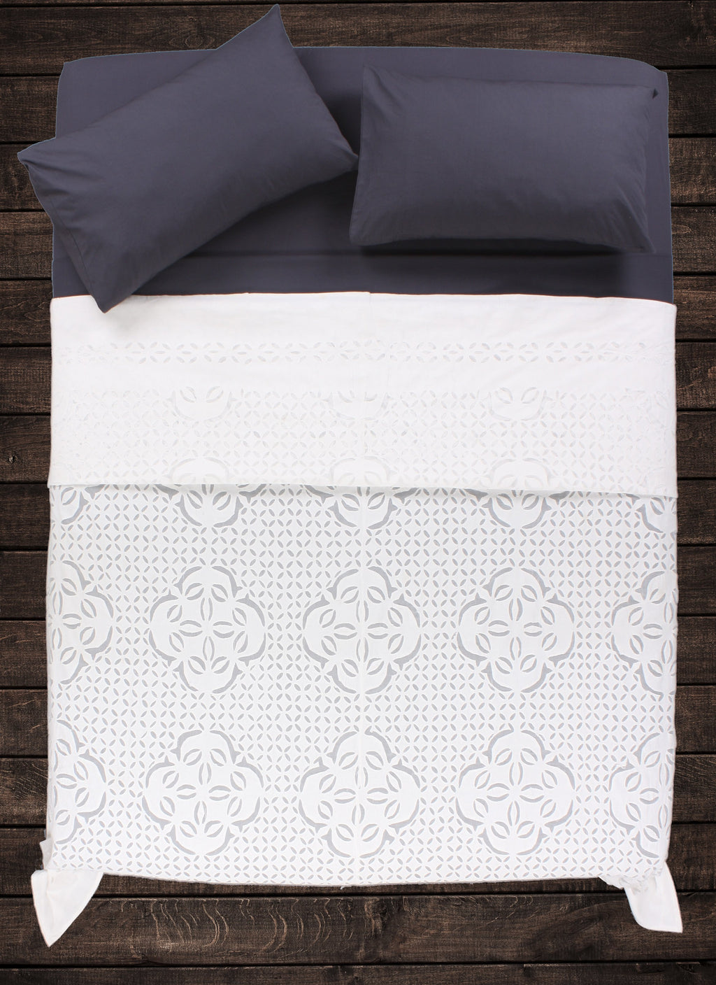 Jeca Applique Bedspread