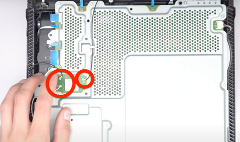 Removing 3 antenna cables