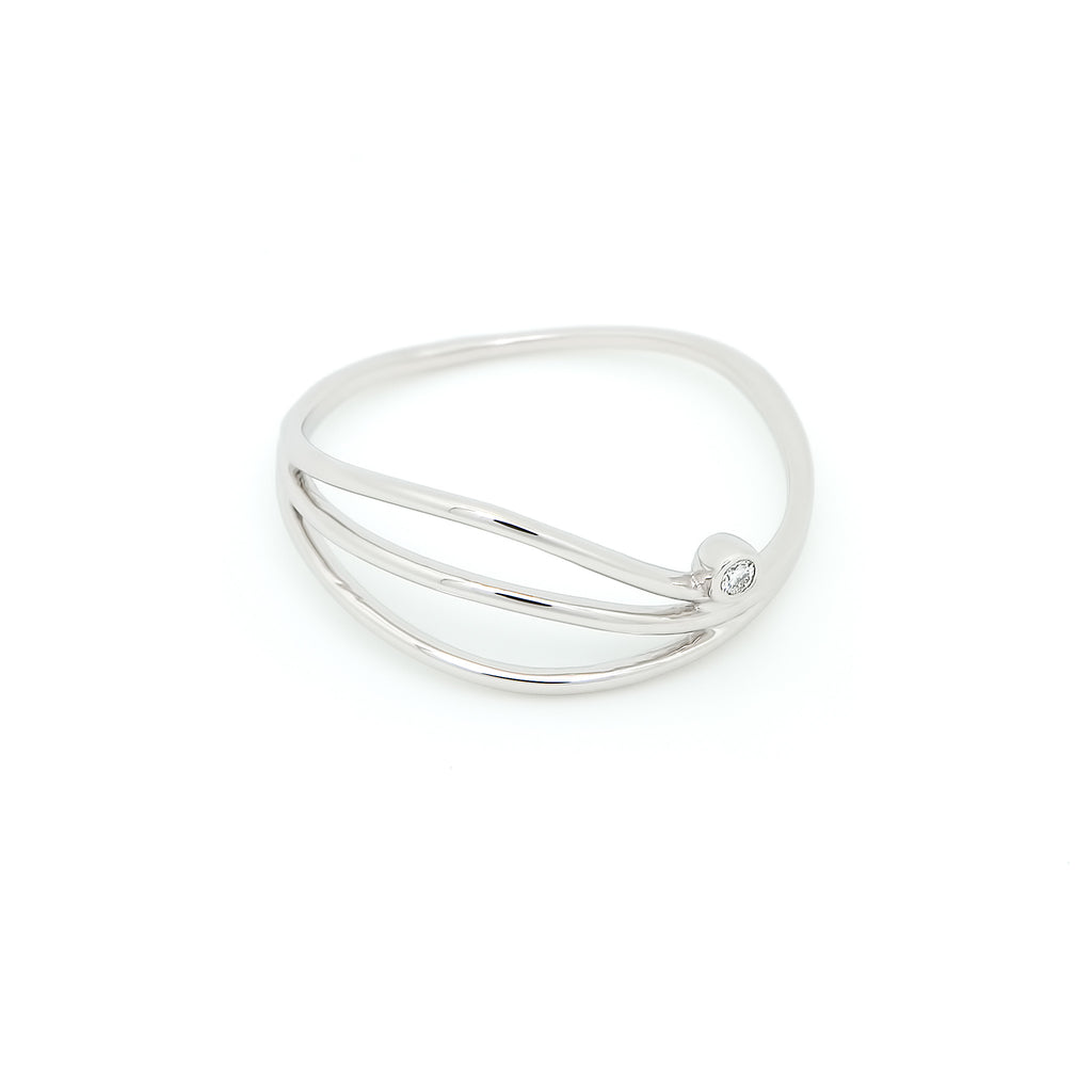 Thread Wave Diamond Ring // White Gold
