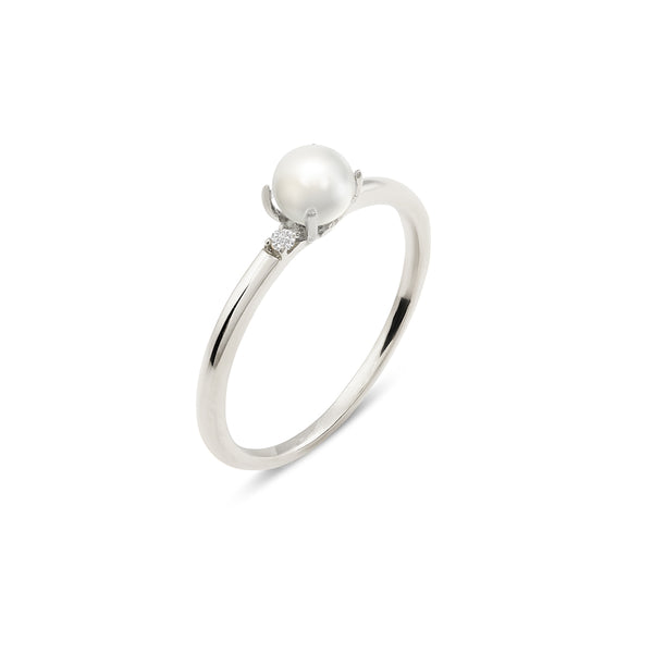 Tiffany Pearl Diamond Engagement Ring // White Gold