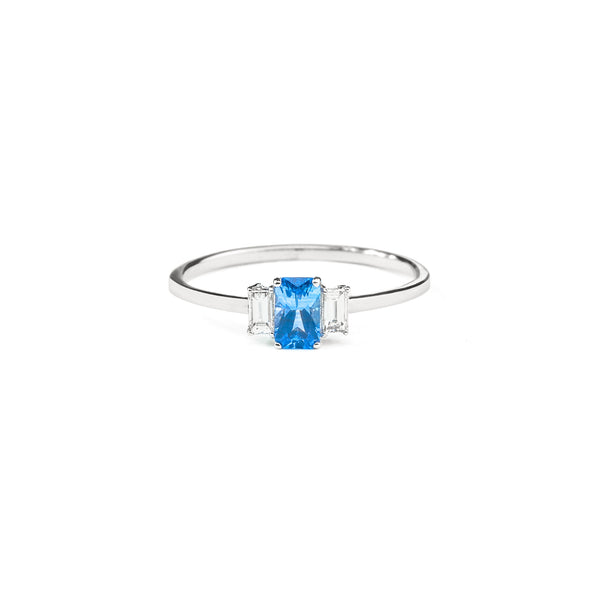 Large Sapphire Baguette Diamond Ring // White Gold