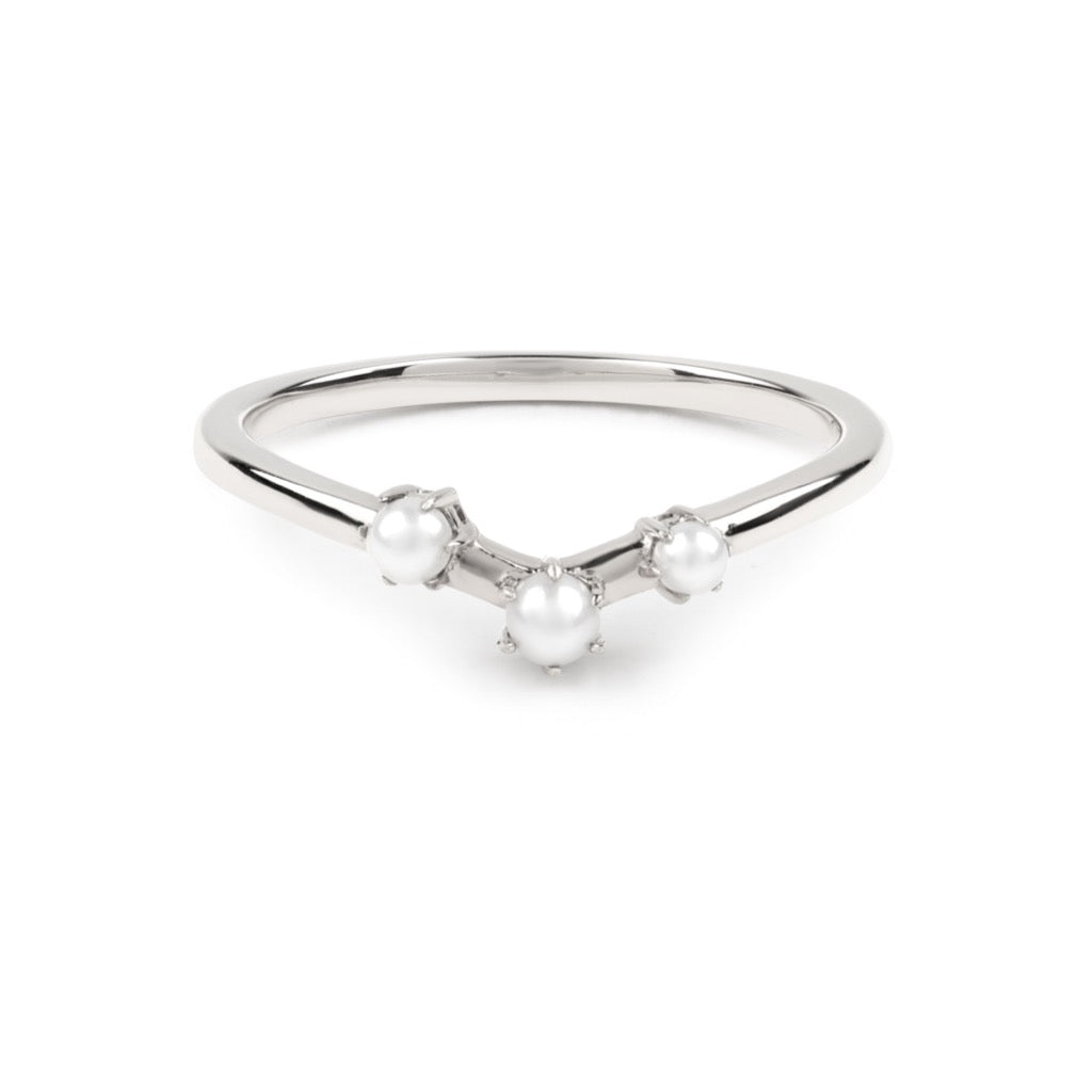 The Pearl Arc Wedding Band // White Gold
