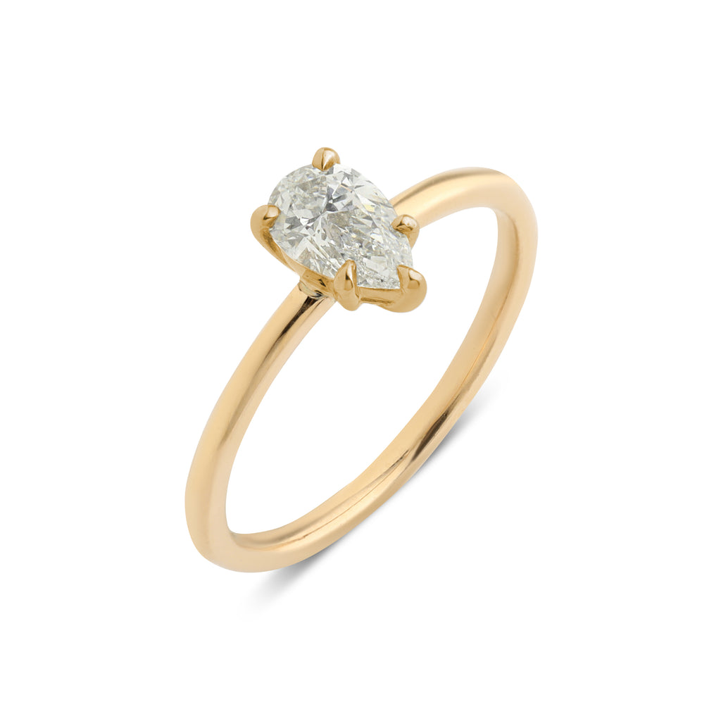 The Pear Solitaire Diamond Ring // Gold