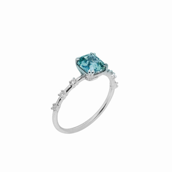 Evanne Sapphire Engagement Ring // White Gold - Lucy & Mui
