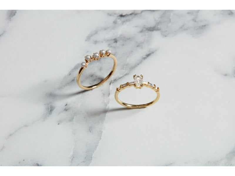 The Pear Diamond Baguette Ring // Gold