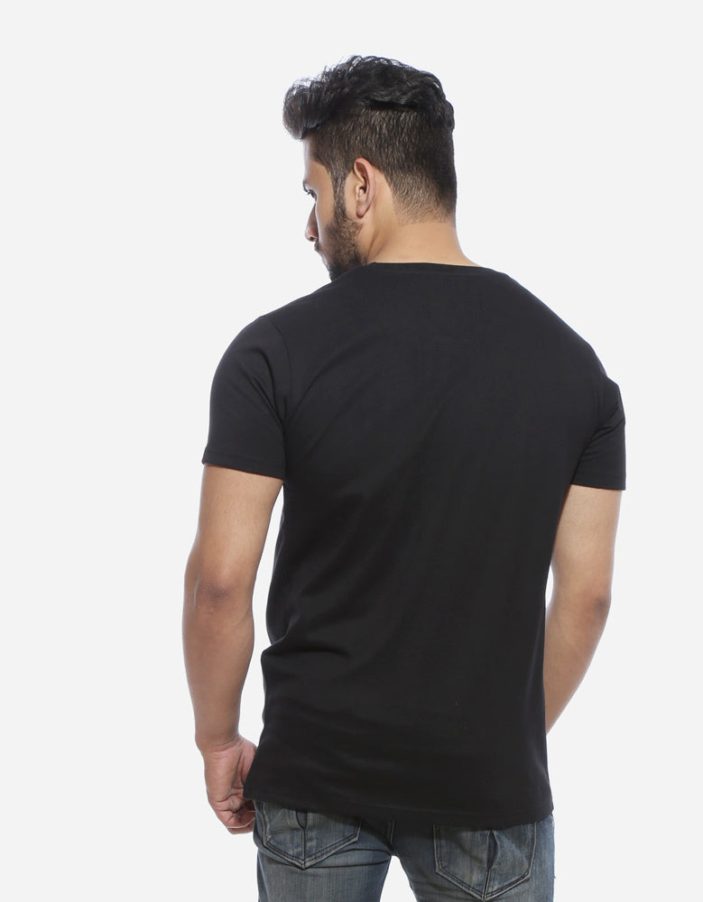 King In The North - Black GOT Printed Men's Half Sleeve T Shirt Model Back View