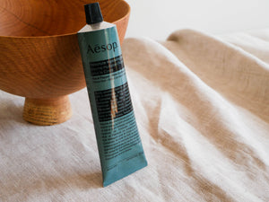 Resolute Hydrating Body Balm