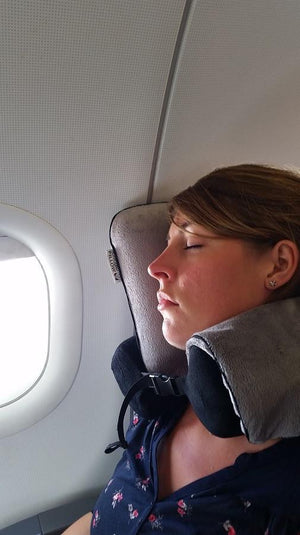 travel pillow on plane