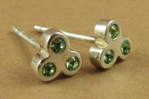 Green crystal earrings, made with Swarovski Elements. Studs.Sterling silver