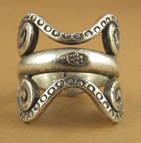 Ring with tribal design. Chunky. Solid Fine/sterling silver 925. Adjustable size