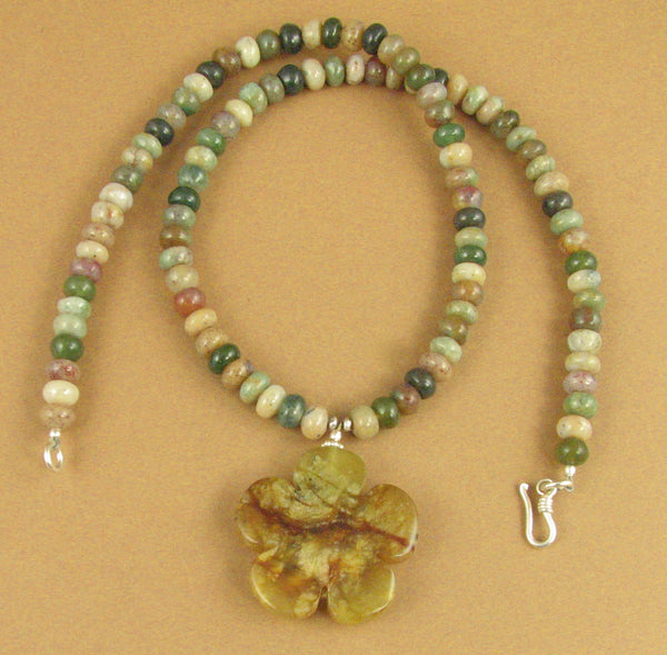 Jasper agate and silver necklace. Flower pendant. Green. Sterling silver 925. Handmade