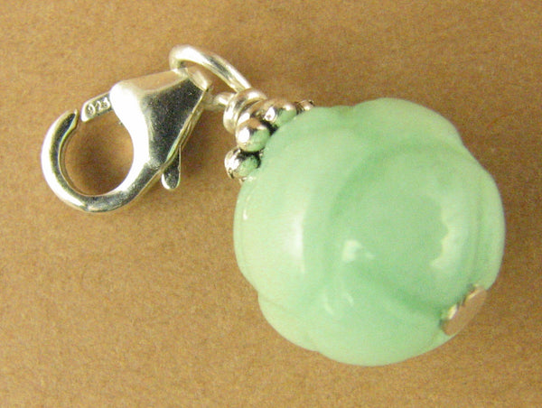 Bright green agate clip-on charm / pendant. Lotus. Sterling silver 925. Handmade