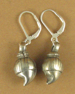 Indian tribal silver earrings. Old/antique. Rounded shape. Fine silver & 925