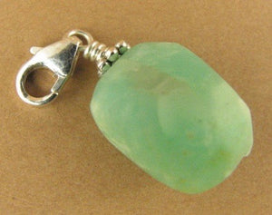 Chrysoprase clip-on charm. Bright green. Sterling silver 925. Handmade.