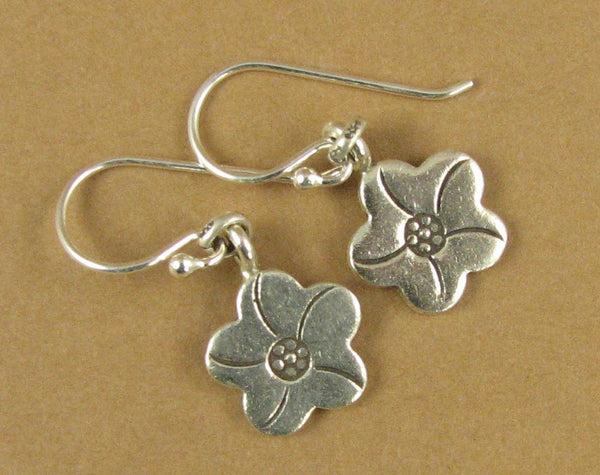 Flower shaped flat disc earrings. Fine silver, sterling silver hooks.