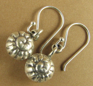 Snail shell round stamped earrings. Fine silver. Sterling silver hooks 925.
