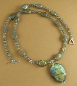 Labradorite necklace. Blue/green fire. Fine & sterling silver 925. Handmade.