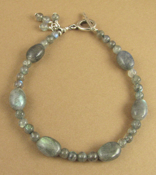 Labradorite bracelet. Dangles. Blue green. Fire. Sterling silver 925.