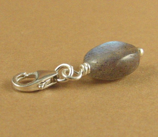 Labradorite clip-on charm. Natural fire. Blue/green. Sterling silver 925.