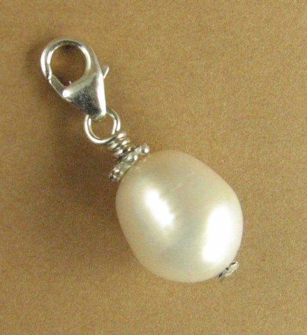 White tear-drop pearl clip-on charm. Real pearl. Sterling silver 925. Handmade.