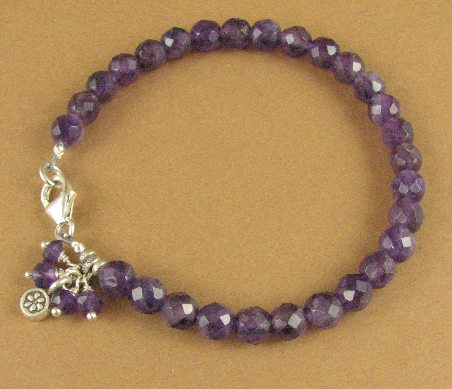Amethyst and silver bracelet. Flower charm dangle. Sterling silver 925. Handmade