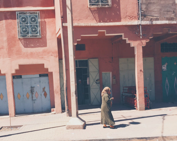 Jenny Wonderling's photo, a woman's silhouette on the streets of Morocco