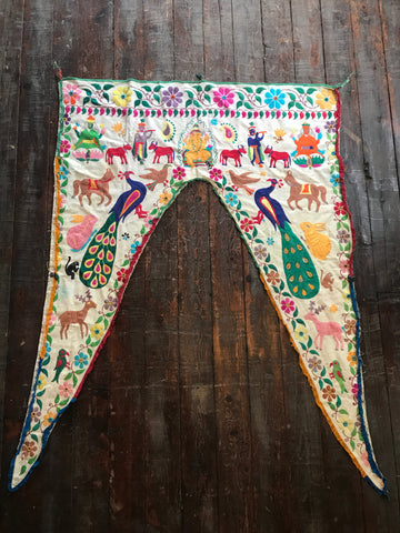 Valance, toran, India, Indian, Tapestry, door hanging, wall art, window covering
