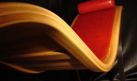 Ash Bowchair in Playboy red