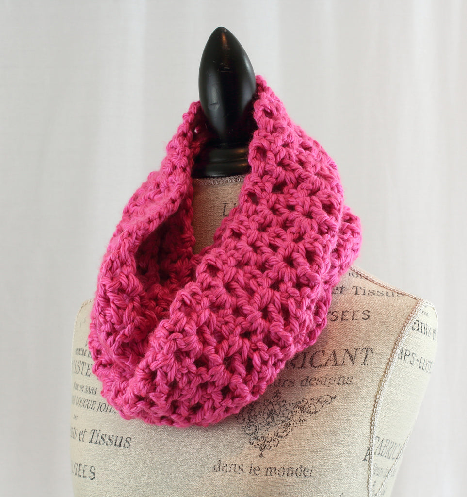 Chunky Infinity Scarf - Light pink HS – Hill Child Crochet