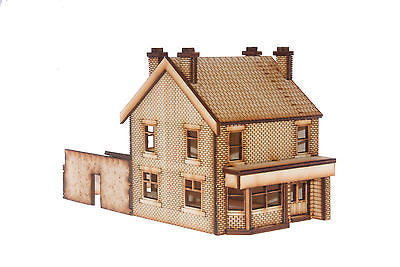 PB001 Victorian Terraced Pub Left Hand OO Gauge Laser Cut Kit