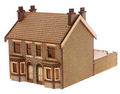 HS013 Victorian Double Bay Window Terraced Houses  OO Gauge Laser Cut Kit